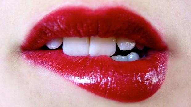 002-pintar-los-labios